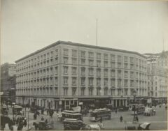 Fifth Avenue Hotel um 1894.