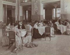 Im Belmont Hotel im Jahre 1906.