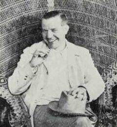 Trader Vic (Victor Bergeron) um 1946.