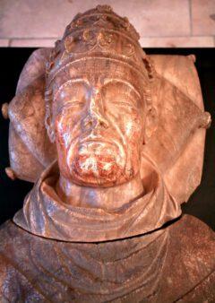 Skulptur des Urban V., entstanden um 1390.