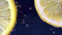 Sprudelnde Limonade. Titelbild.